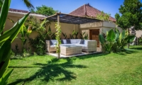 Outdoor Seating Area - Villa Lotus Lembongan - Nusa Lembongan, Bali