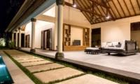 Outdoor Area - Villa Lotus Lembongan - Nusa Lembongan, Bali