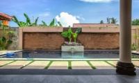 Pool Side - Villa Lotus Lembongan - Nusa Lembongan, Bali