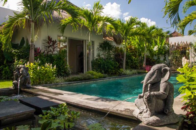 Private Pool - Villa Niri - Seminyak, Bali