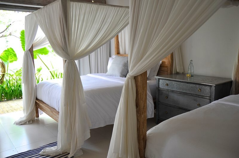 Twin Bedroom with Garden View - Santai Beach House - Canggu, Bali