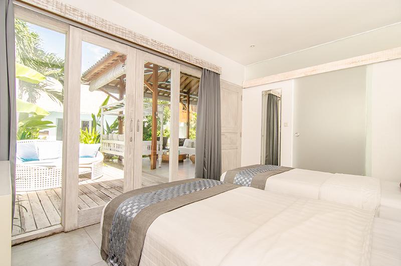 Twin Bedroom with View - Villa Sukacita - Seminyak, Bali