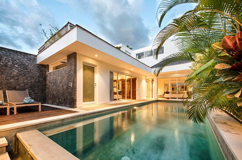 Swimming Pool - Villa Yasmee - Seminyak, Bali