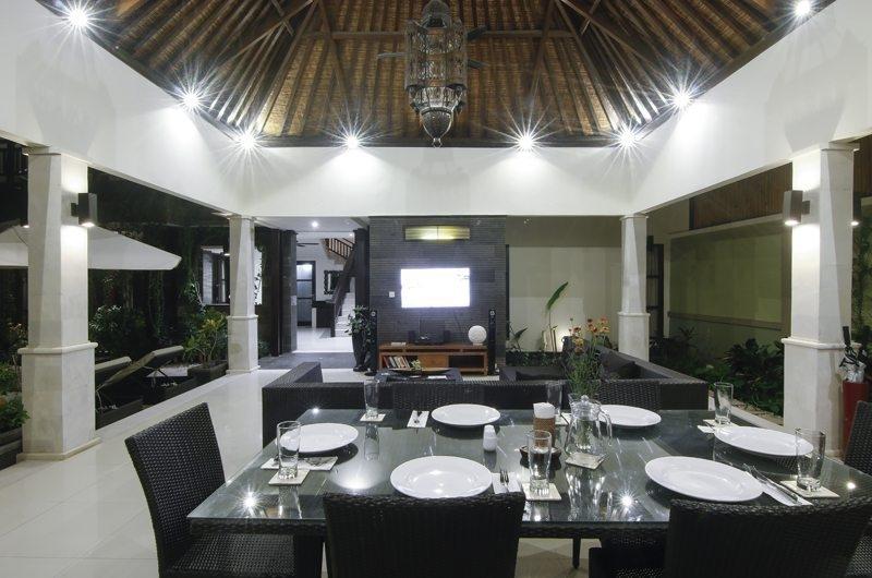Living and Dining Area - Gili Pearl Villa - Gili Trawangan, Lombok