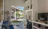 Lounge Area with TV - Joglo House Lombok - Tanjung, Lombok