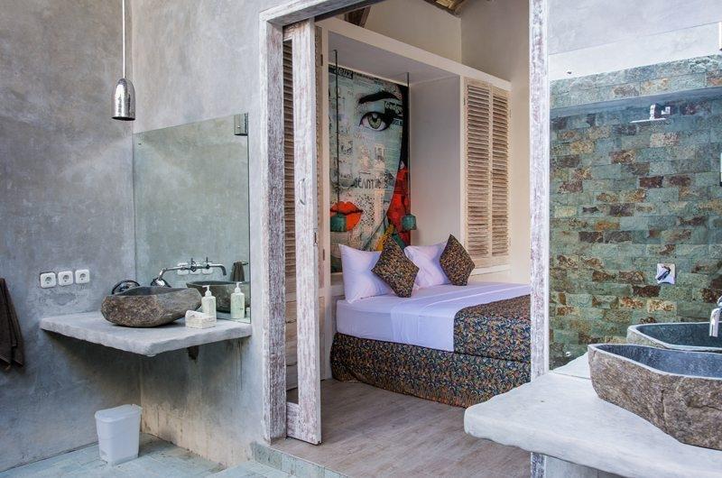 Bedroom and En-Suite Bathroom - Joglo House Lombok - Tanjung, Lombok