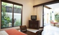 Bedroom with TV - Kokomo Resort - Gili Trawangan, Lombok
