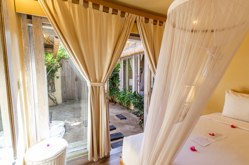 Bedroom with Outdoor View - Les Villas Ottalia Gili Meno - Gili Meno, Lombok
