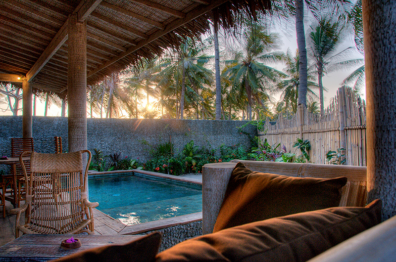 Pool Side Seating Area - Les Villas Ottalia Gili Trawangan - Gili Trawangan, Lombok