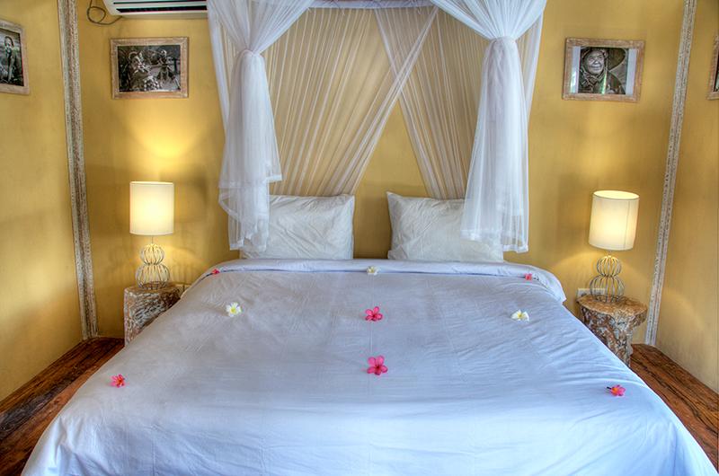 Bedroom with Wooden Floor - Les Villas Ottalia Gili Trawangan - Gili Trawangan, Lombok