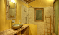 Bathroom with Shower - Les Villas Ottalia Gili Trawangan - Gili Trawangan, Lombok