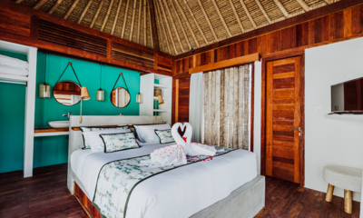 Bedroom with TV - Majo Private Villas - Gili Trawangan, Lombok