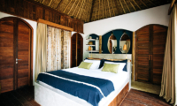 Bedroom with Wooden Floor - Majo Private Villas - Gili Trawangan, Lombok