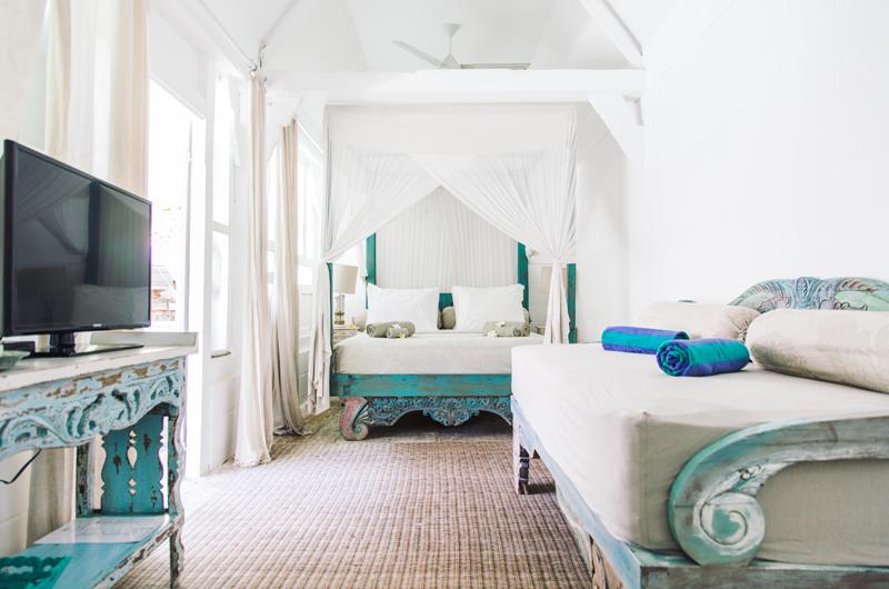 Bedroom with Sofa - Palmeto Village - Gili Trawangan, Lombok