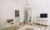 Twin Bedroom with TV - Palmeto Village - Gili Trawangan, Lombok