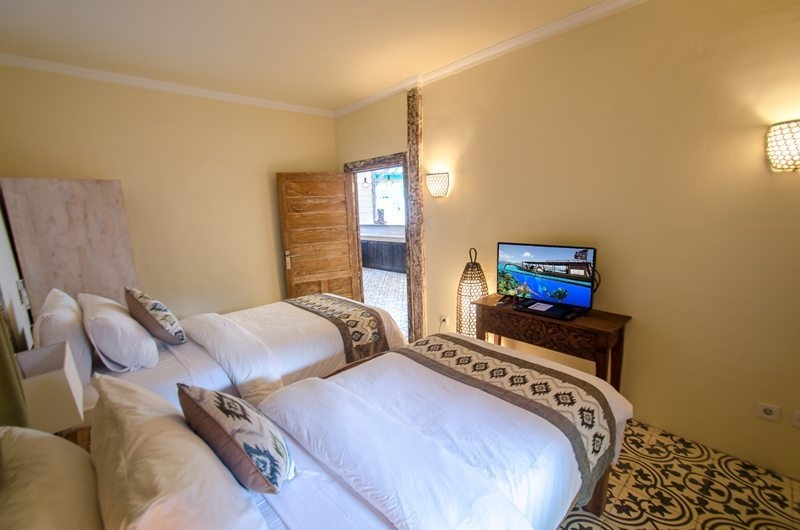 Twin Bedroom - Scallywags Joglo - Gili Air, Lombok