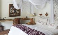 Bedroom with Study Area - Slow Gili Air - Gili Air, Lombok