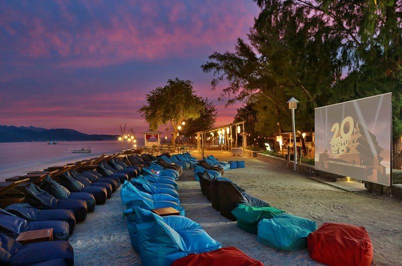 Outdoor Cinema on Beach - Vila Ombak - Gili Trawangan, Lombok