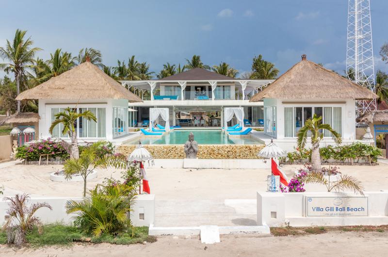 Gardens and Pool - Villa Gili Bali Beach - Gili Trawangan, Lombok
