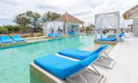 Sun Loungers - Villa Gili Bali Beach - Gili Trawangan, Lombok