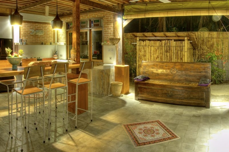 Kitchen and Dining Area - Villa Sama Lama - Gili Trawangan, Lombok