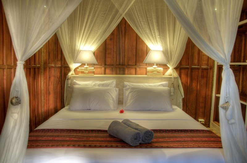 Bedroom with Four Poster Bed - Villa Sama Lama - Gili Trawangan, Lombok