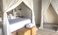 Bedroom with Four Poster Bed - Santai Beach House - Canggu, Bali