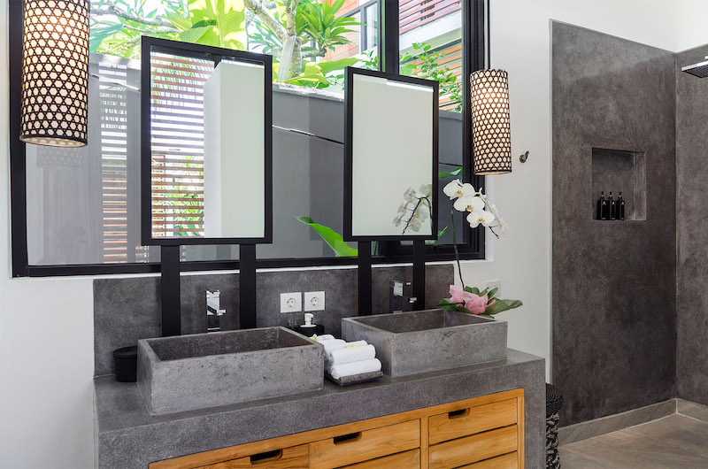 Bathroom with Mirror - Canggu Beachside Villas - Canggu, Bali