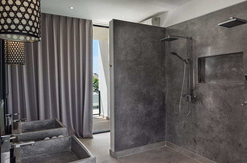 His and Hers Bathroom with Shower - Villa Vida - Canggu, Bali