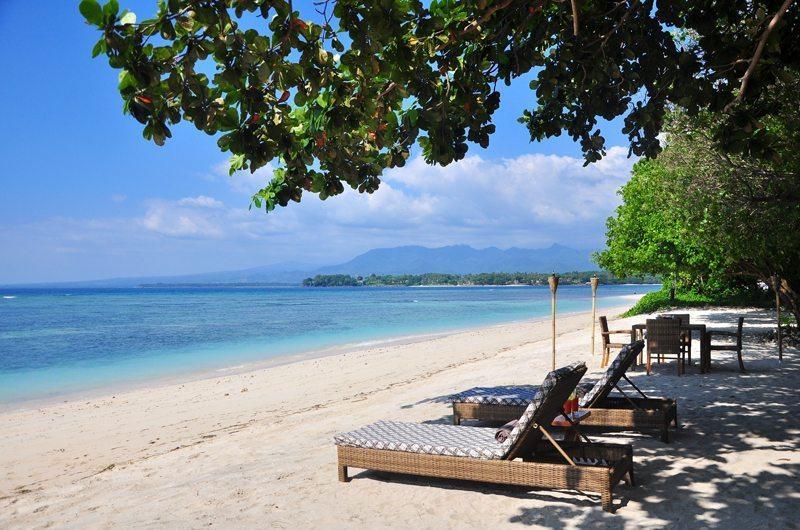 Beach Side Loungers - The Beach Villa - Lombok, Bali