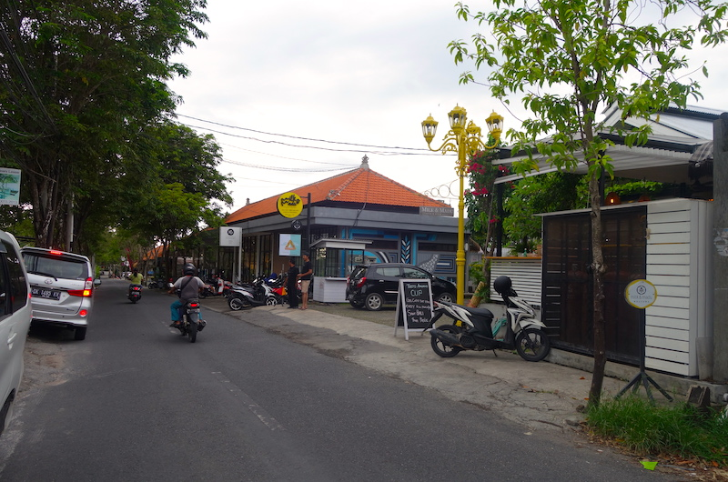 Jalan Pantai Berawa, Milk & Madu | Canggu, Bali