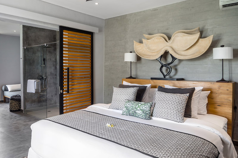 Bedroom and En-Suite Bathroom - Canggu Beachside Villas - Canggu, Bali