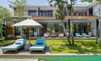 Reclining Sun Loungers - Villa Gu - Canggu, Bali