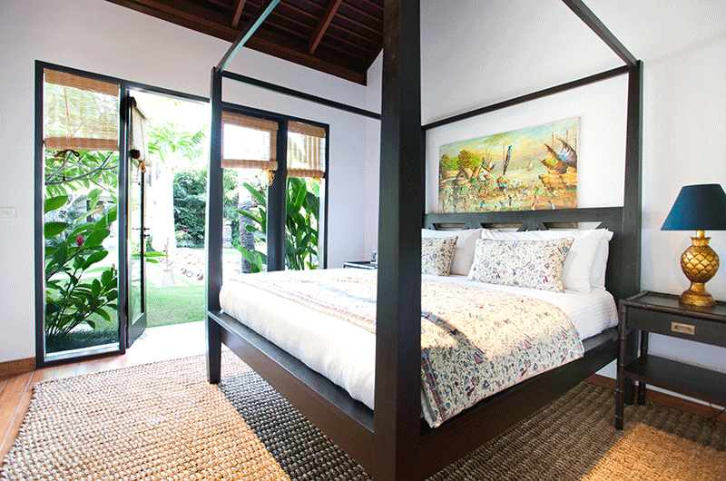 Four Poster Bed - Villa Iluka - Seminyak, Bali