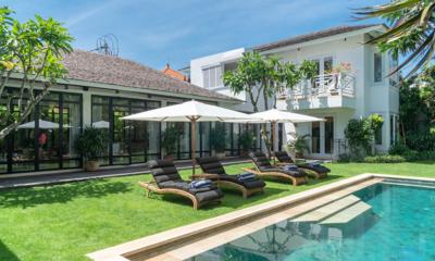 Reclining Sun Loungers - Villa Iluka - Seminyak, Bali