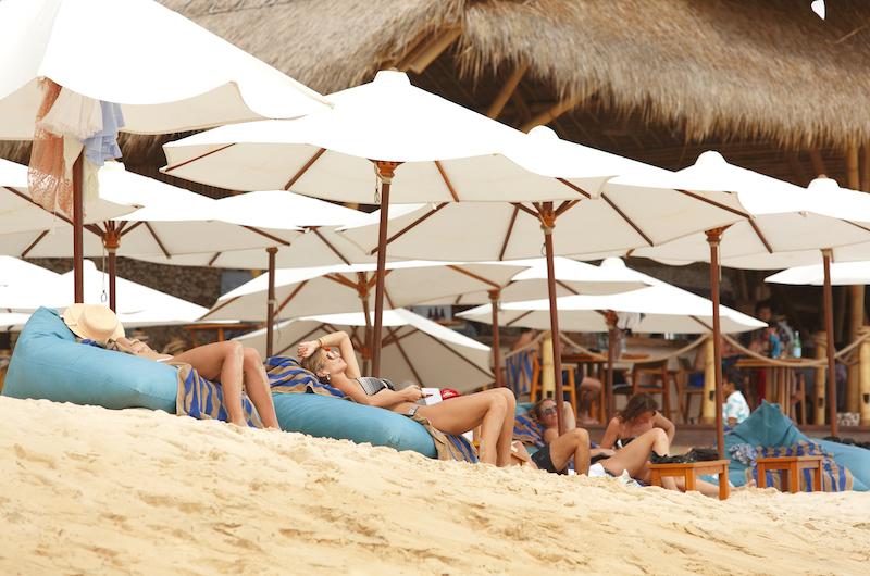 Bali Ungasan Sundays Beach Club 2